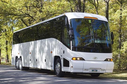 Coach-Coach-537x356