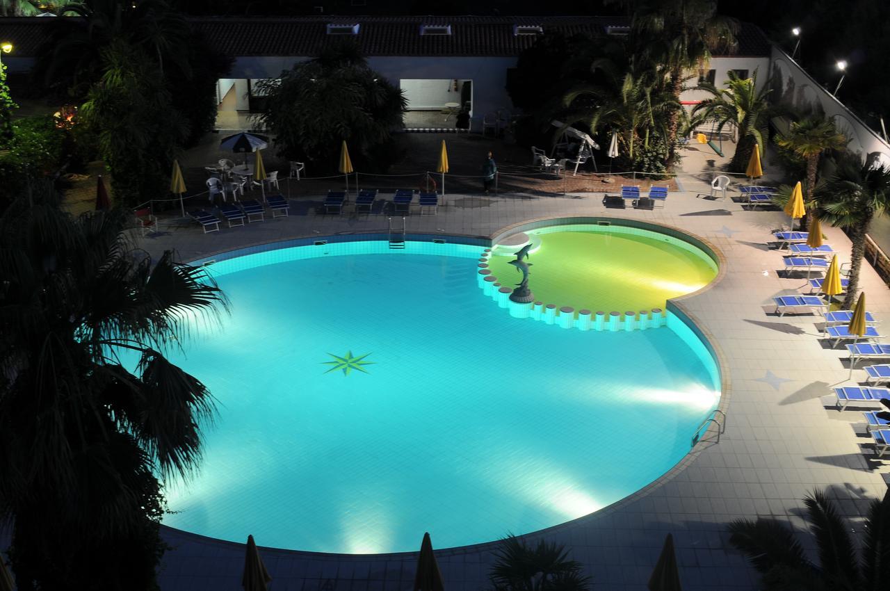 CLUB HOTEL MARINA CLUB BAIA DOMIZIA